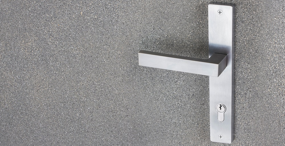 With Italian designs and premium finish and material quality, Sicuro's door handles are on top of the market